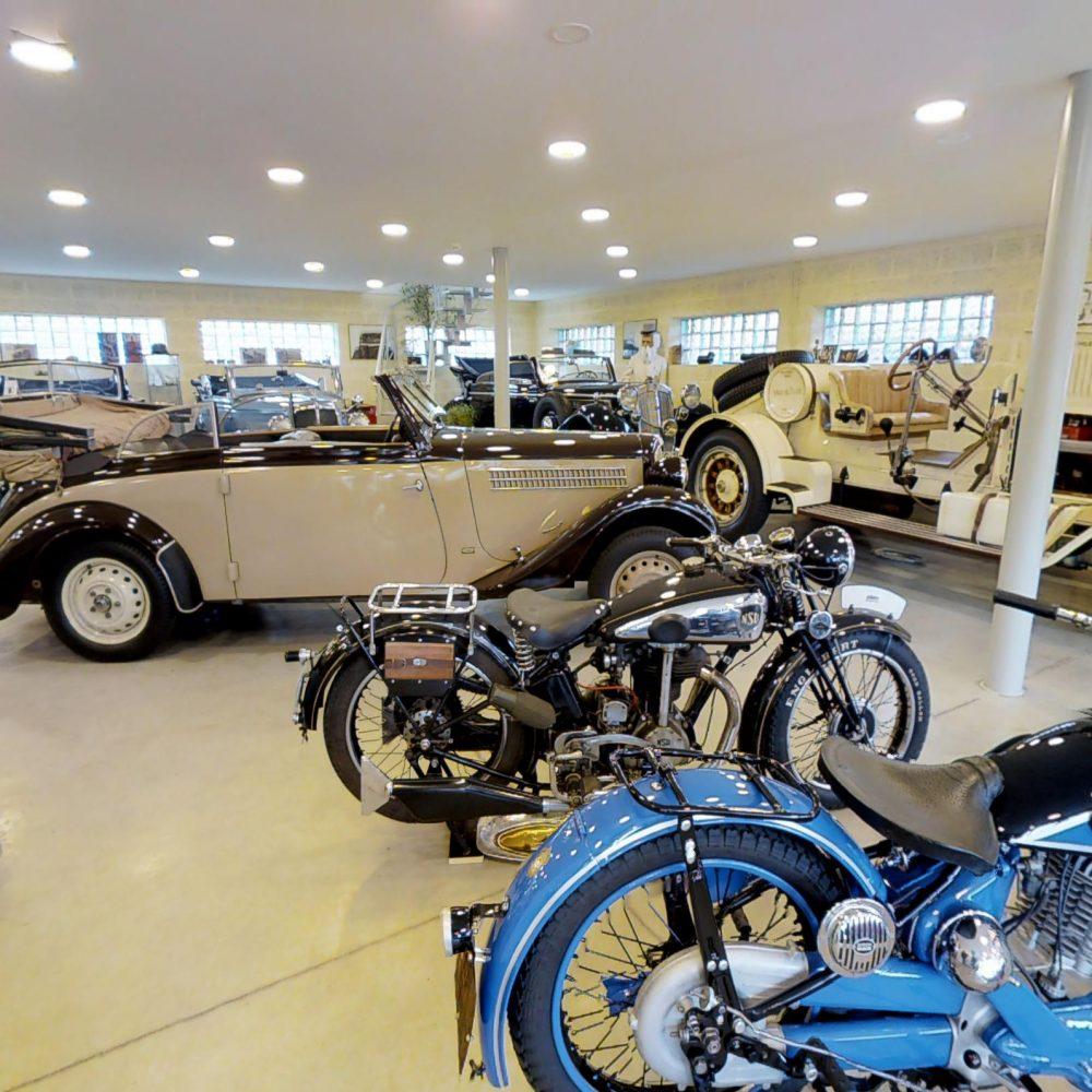 Retro auto muzejs un darbnīca